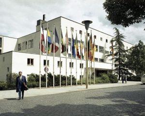 Bundeshaus Bonn 1961 (Bild: Bundesarchiv, B 145 Bild-F010479-0006 / CC-BY-SA 3.0)